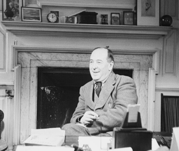 Irish-born academic Clive Staples Lewis (1898 - 1963), a fellow and tutor of Magdalen College, Oxford. Original Publication: Picture Post - 5159 - Eternal Oxford - pub. 1950 Original Publication: People Disc - HG0145 (Photo by John Chillingworth/Getty Images)